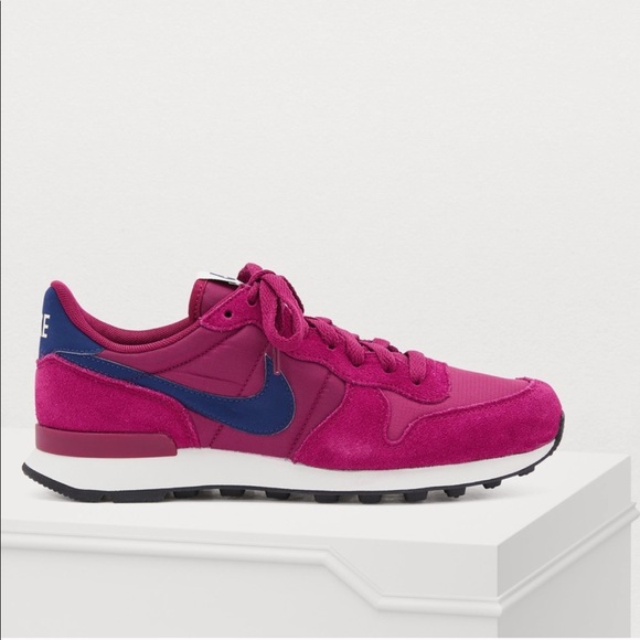 Sale Nike Internationalist Berry